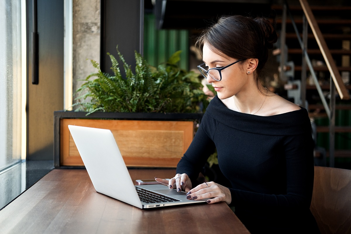 woman using the laptop